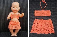 Kleren voor Baby Born pop (met link naar gratis patroon / clothes for Baby Born doll (with link to free pattern) Crochet Doll Clothes, Doll Clothes Patterns, Clothing Patterns, Crochet Baby, Free Crochet, Baby Born Kleidung, Baby Girl Drawing, Baby Born Clothes, Baby Bjorn