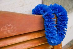 Picture of How to make Crepe Paper Leis