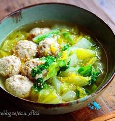 ♡超簡単おすすめ♡肉団子と白菜のおかずスープ♡【#ひき肉#時短#つくね】