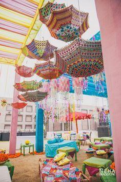 Rajasthani umbrellas, upside down umbrellas, mehendi decor ,kitsch decor , funky decor Desi Wedding Decor, Wedding Mandap, Indian Wedding Decorations, Wedding Themes, Wedding Ideas, Indian Decoration, Trendy Wedding, Arch Decoration, Engagement Decorations