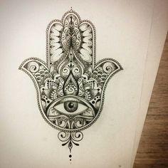 Resultado de imagem para hamsa tattoo