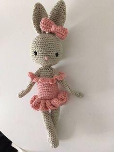 Crochet with cotton. Crochet Gifts, Cute Crochet, Crochet Dolls, Knit Crochet, Amigurumi Doll, Amigurumi Patterns, Doll Patterns, Crochet Patterns, Easter Bunny Crochet Pattern