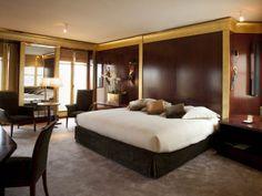 Milagro Paris Vendome Room