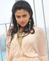 Amala Paul Indian Film Actress, Indian Actresses, Amala Paul Hot, Beautiful Girl Indian, Beautiful Women, Dating Girls, India Beauty, Beautiful Actresses, Bollywood Actress