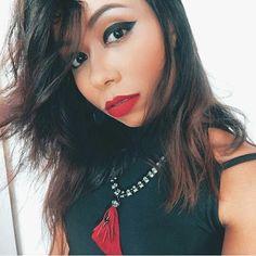 Sendo gótica suave! #me #beautiful #tudodebom #makeup #makebeautiful #makecat #makegato #make #makeart #ficaadica #adoro #bloggirl #blogando #blogueirabrasileira #blogueiraporamor #makeblogger #blogrio #blogbrasil #blogbr #brazilian #intalike #intagood #blogando #intalike #intagood #girlbrazilian #etudovaca #umdiachegolá #vivalavida #braziliangirl #mulherbrasileira