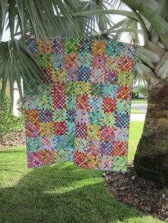Flourishing Palms: Color Block Postage Stamp Quilt Postage Stamp Quilt, Postage Stamps, Picnic Blanket, Outdoor Blanket, Circle Template, Early Spring, Quilt Top, Palms, Scrap