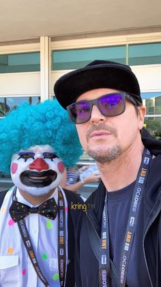 Ghost Adventures Zak Bagans, Holly Madison, Ghost Hunters, San Diego Comic Con, Haunted Places, Having A Crush, Paranormal, A Team, Handsome