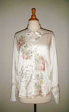 J. JILL Johnny Was Embroidered Blouse Ivory Bell Sleeve  100% silk Sz Large $65.0