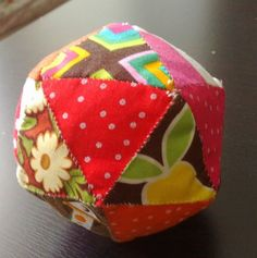 A blog about quilting, sewing, stitching, fabric, patchwork, epp, hexagons, improv piecing, foundation paper piecing and the odd mad rant