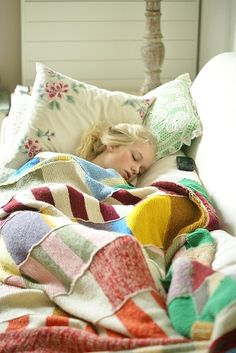 love this blanket. Good idea for using up scrap yarns