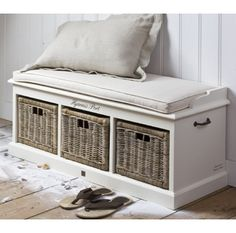bench with storage; like the idea of an entry bench to take on/off shoes. Diy Pallet Furniture, Home Furniture, Bay Window Benches, Rivera Maison, Kallax Regal, Bench With Shoe Storage, Storage Benches, Storage Ideas, Ideas Para Organizar