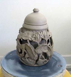 tutorial for low-relief surface design on clay. Will definitely be trying this