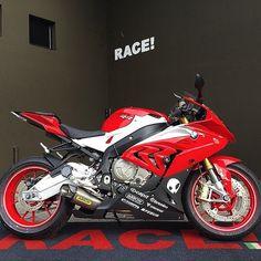 S1000RR Via: race_sa