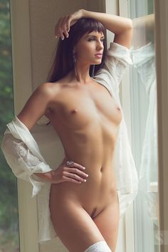 Best nude models from model mayhem have