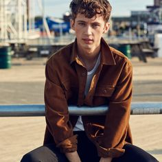 All The Cool Teens™ Got Called In for American Eagle's Fall Campaign | GQ