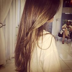 Beautiful Light Brown Hair with Golden Hilites