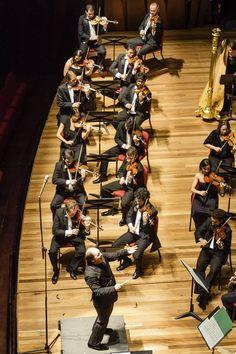 Maestro Roberto Minczuk em concerto na Cidade das Artes. Foto: Cicero Rodrigues OSB - Orquestra Sinfônica Brasileira