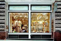 c87dd367b44 Image result for mulberry in store installation Exposição Da Janela Da Loja
