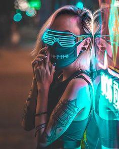 glitch in the matrix Smoke Photography, Creative Photography, Portrait Photography, Cyberpunk Girl, Cyberpunk Character, Cyberpunk Aesthetic, Neon Aesthetic, Portrait Photos, Mode Emo