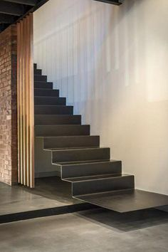 31 balmain street – industrial staircase in Architecture & Interior design Cantilever Stairs, Stair Handrail, Railings, Interior Staircase, Staircase Design, Stair Design, Steel Stairs Design, Loft Staircase, Staircase Ideas