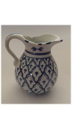 Burmese (Myanmar) Porcelain Milk Jug -  Shan Village (with label) Hand Painted Dimensions +/- .  90 x 90 x 75 (mm) :  3,54 x 3,54  x 2,95  (inch) Weight +/- .  145 g : 5,11  ounces