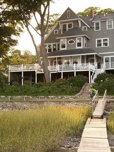 Renovating a Waterfront Victorian in Massachusetts
