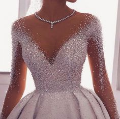 High fashioned ornate ball wedding dress with sleeves. Do & Source The post High fashioned ornate ball wedding dress with sleeves. Make & wedding dress # & appeared first on Wedding Dresses. Pretty Prom Dresses, Ball Dresses, Elegant Dresses, Beautiful Dresses, Ball Gowns, Dresses Dresses, Awesome Dresses, Beautiful Dream, Beautiful Pictures