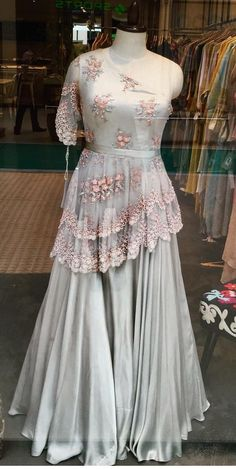 📌 hajra:::: parttens of eid dress dress,, 👌👌 Wedding Lehenga Designs, Kurti Designs Party Wear, Designer Party Wear Dresses, Indian Designer Outfits, Designer Wear, Pakistani Fashion Party Wear, Pakistani Dress Design, Indian Wedding Outfits, Bridal Outfits