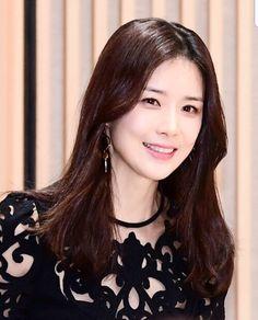 이보영 Lee Bo Young, Korean Drama Quotes, Ji Sung, Korean Beauty, Actors & Actresses, Kdrama, Korean Wave, Asian, Female