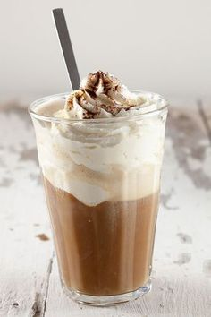 Nothing beats a nice big ol' cup of coffee. Give it a twist by adding in vanilla ice cream and whipped cream on top! Vegan Ice Cream, Vanilla Ice Cream, Whipped Cream, Caramel Milkshake Recipes, Ice Cream Floats, Good Food, Yummy Food, Chocolate Coffee, Coffee Recipes