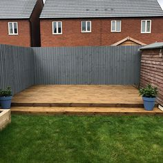 That's the decking complete! The oil I used was Ronseal Ultimate Decking Oil in Natural Oak. We think that the dark wood looks really good with the Grey fence🎨 Back Garden Design, Backyard Garden Design, Patio Design, Backyard Landscaping, Backyard Ideas, Garden Ideas, Grey Gardens, Back Gardens, Decking Colours Ideas