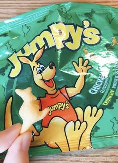 29 Snacks All '00s Australian Kids Had In Their Lunch Boxes Aussie Food, Snack Recipes, Snacks, Chicken Flavors, Pop Tarts, Lunch Boxes, Parents, Kids, Tv