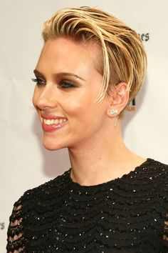 @Jenna : It's not just about the hair! But that gorgeous, confident smile! The best short hairstyles to inspire your new 'do in 2015