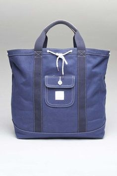 Goodale Boat Tote.  The key word BOAT :)