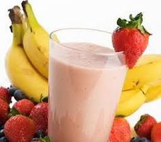 45-Calorie Snack: The Strawberry Banana Almond Milk Smoothie - TheItMom.com