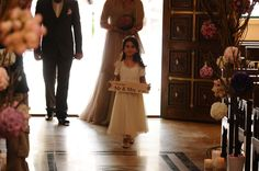 "My real wedding: flower girl | wedding entrance | wedding sign ""presenting Mr & Mrs (to be)"" #DIY wedding crafts"