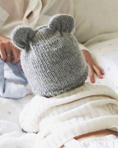 5789774d68ef 157 meilleures images du tableau chapeaux écharpes   hat scarves