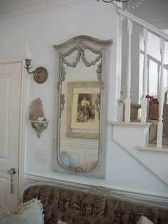 mirror love. #interior #stairs #mirror #vintage #french
