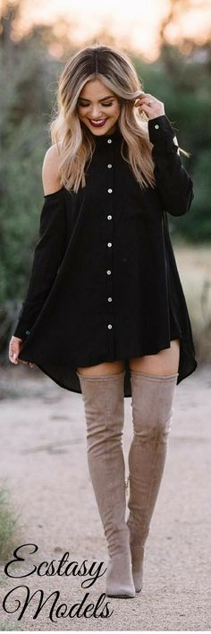 Fall outfits to shop this season and look beautiful everyday. Empower yourself and enjoy this fall with outfits carefully curated just for you. Fall Outfits 2018, Fall Winter Outfits, Autumn Winter Fashion, Dress Winter, Girl Fashion, Fashion Looks, Fashion Outfits, Womens Fashion, Cute Dresses