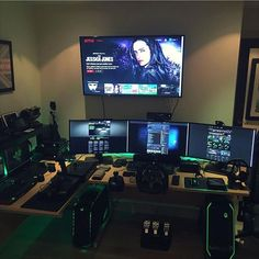 This setup could EASILY be a 10/10! Cable management needs some work and the desk is just too cluttered. Love the setup though. Really good gear.  Owner: @invalidmemes Rating: 9.5/10 Comment what you think about the setup in order to make this sweet setup even better! ✖️ Check out the link in the description to see my recommended product of the day! All sales help benefit this channel. Wanna play some steam games with me?! Add me! Steam name: cleansetups #l4l #gaming #pc #pcmaster...
