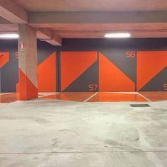 Inspira | Quem disse que garagem de prédio precisa ser cinza e feia ?? Cores e criatividade nelas  !! (Via Nitsche Arquitetos) by passalaemcasa http://discoverdmci.com