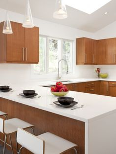 Bright and airy kitchen (Cultivate.com)