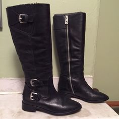 Michael Kors Leather Riding Boots Black leather Michael Kors riding boots, size 6. Elastic panel to allow for stretch at calf. Full length interior zip. Very gently worn, excellent condition! MICHAEL Michael Kors Shoes