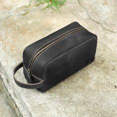 6ca15be297 Custom Leather Dopp Kit Groomsmen Gift Leather Toiletry Bag Shave Kit  Personalized Gift Wedding Gift