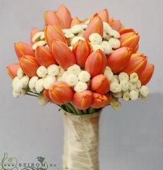 Esküvő menyasszonyi csokor - Szirom Floral Wedding, Wedding Flowers, Bride Bouquets, Corsage, Flower Decorations, Tulips, Floral Design, Centerpieces, Facebook