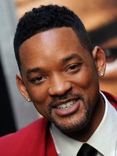 The black celebrities have always been an inspiration for the youth including hairstyles. Black men haircuts are an option that became a trend in 2014. Will Smith short hairstyle is one that is popular and trendy styles. Have you choose a hairstyle for men of your idol star?