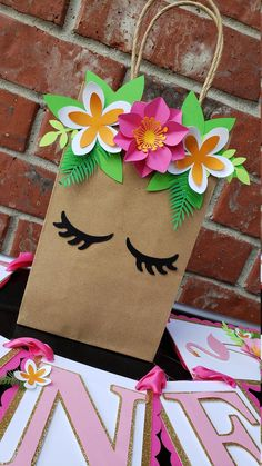 Flamingo Tropical Hawaiin Birthday Goodie Favor Treat Bags notes… - Basteln ideen - Lilly is Love Paper Gift Bags, Paper Gifts, Diy Paper, Paper Crafting, Kraft Paper, Free Paper, Kids Crafts, Diy And Crafts, Preschool Crafts