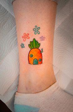 Who live in a pineapple under the sea~ Dream Tattoos, Mini Tattoos, Cute Tattoos, Body Art Tattoos, Funny Small Tattoos, Geek Tattoos, Color Tattoos, Friend Tattoos Small, Best Friend Tattoos