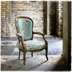 #fotel #Fantazja #uslugi #tapicer #bialystok #tapissier #upholstery #декораторы #mebel #мебель #interiordesign #homedecor #wystrojwnetrz #tapicerstwo_dawne_wspolczesne #na_strychu_igora