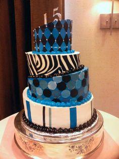 #nanisetc zebra topsy turvy quince cake